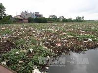 Hải Dương: Bãi rác nổi lấp kín sông Đình Đào