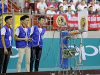"""Tân binh trong màu áo lính tiếp tục """"tỏa sáng"""" ở VCK Robocon Việt Nam 2017"""