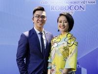 MC Phí Linh đẹp rạng ngời tại vòng loại Robocon Việt Nam 2017