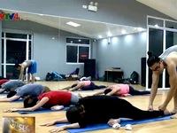 Chàng trai Việt và giấc mơ Yoga hiện đại
