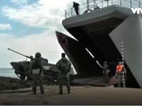 Lính dù Nga tập trận bắn đạn thật tại Crimea