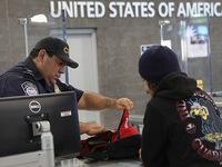 Mỹ siết chặt thủ tục cấp thị thực cho khách du lịch