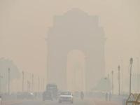 Thủ đô Ấn Độ chìm trong bầu không khí khói độc hại