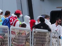 Italy, Đức, Pháp họp khẩn để đối phó với làn sóng tị nạn