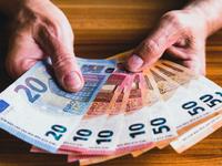 """EU đưa 20 quốc gia và vùng lãnh thổ vào """"danh sách đen"""" trốn thuế"""