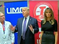 Tổng thống Mỹ Donald Trump đến Las Vegas sau vụ xả súng đẫm máu