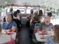Du lịch xe bus trà chiều ở London (Anh)