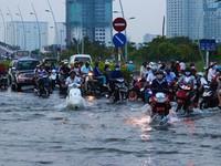 Triều cường - Nỗi ám ảnh ngập lụt ở TP.HCM