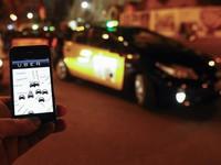 Tranh cãi quanh việc Uber tăng giá cước