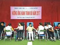Hiến máu tình nguyện hưởng ứng Hành trình Đỏ 2017 tại phường Vạn Phúc
