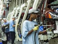 Nền kinh tế Mỹ tạo thêm nhiều việc làm mới