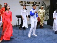Quảng bá văn hóa Việt tại New Zealand thông qua các tài năng trẻ