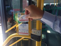 Vé xe bus điện tử ở Hà Nội chưa phát huy hiệu quả