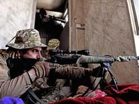 Xạ thủ bắn tỉa của quân đội Iraq trong cuộc chiến chống IS