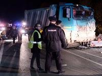 Nga: Xe bus va chạm với xe tải, 11 người thiệt mạng