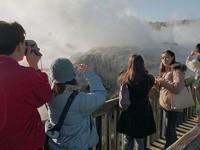 New Zealand sẽ thu thuế khách du lịch