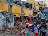 Indonesia đẩy mạnh công tác cứu hộ nạn nhân sau thảm họa động đất, sóng thần