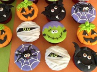 Chị em làm bánh handmade kiếm bộn tiền nhờ làm bánh Halloween kinh dị