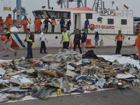 Phát hiện thêm 3 vật thể nghi của máy bay Lion Air gặp nạn