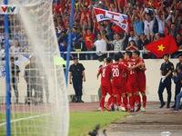 Thắng thuyết phục Philippines, Việt Nam vào chung kết AFF Cup 2018 sau 10 năm