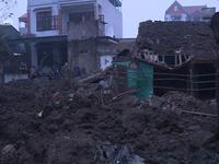 Nổ lớn ở Bắc Ninh: 2 người tử vong, nhà cửa bán kính 500m hư hại nặng nề