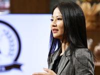 Shark Tank Việt Nam - Tập 14: Hoa hậu Trần Thị Quỳnh nhận 3 tỷ đồng từ Shark Phú