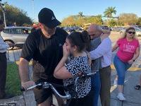 Việt Nam gửi điện chia buồn sau vụ xả súng ở trường học tại Florida