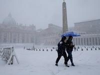 Bão tuyết bất thường hoành hành tại châu Âu, ít nhất 48 người thiệt mạng