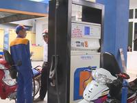 Tiếp tục chi mạnh Quỹ bình ổn giá xăng dầu