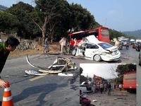 Tai nạn trên Quốc lộ 6, 2 người bị thương nặng