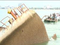 Vụ tàu chìm tại Quy Nhơn: Sẽ hoàn thành trục vớt 5 tàu hàng ngày 20/3