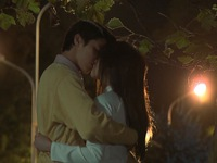 Tình khúc Bạch Dương - Tập 10: Quang - Vân trao nhau nụ hôn đầu say đắm