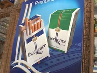 Châu Phi cảnh báo tình trạng bán thuốc lá lẻ