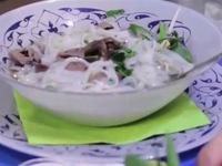 Thưởng thức hương vị phở Việt tại Áo