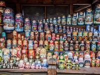 Sôi động thị trường hàng lưu niệm World Cup tại Nga