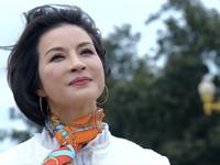 Tình khúc Bạch Dương - Tập 19: Sau nhiều ngày thậm thụt liên lạc, Quyên đã sang Nga gặp Hùng