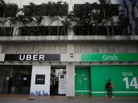 """Philippines """"đóng băng"""" thương vụ Grab - Uber"""
