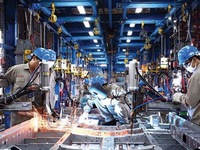 Vietnam becomes attractive to manufacturers: experts