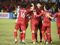 Vietnam edge past the Philippines in AFF Cup semifinal first leg