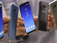 Samsung muốn bán 320 triệu smartphone trong năm 2018