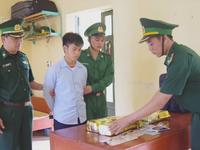 Thanh Hóa bắt vụ vận chuyển 10kg ma túy đá
