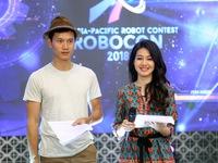 Bất chấp vất vả, MC Hồng Nhung vẫn đồng hành cùng VCK Robocon Việt Nam 2018