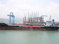 Lọc hóa dầu Nghi Sơn xuất bán 5.000m3 dầu diesel đầu tiên
