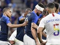 Giroud dính chấn thương đầu ở trận gặp ĐT Mỹ