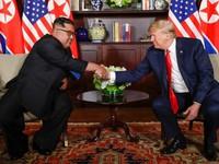 Tổng thống Mỹ và nhà lãnh đạo Triều Tiên trong bộ phim kiểu Hollywood