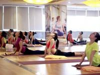 Lớp học yoga miễn phí cho bệnh nhân ung thư