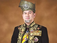 Nhà vua Malaysia tự giảm 10#phantram lương đến hết nhiệm kỳ