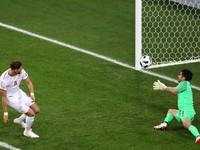 Tiền vệ vô danh của ĐT Tunisia bỗng đi vào lịch sử FIFA World Cup™