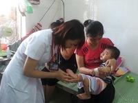 Gia tăng trẻ bị viêm màng não do biến chứng từ bệnh tay chân miệng
