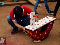 Hô biến lốp xe cũ thành đồ chơi cho trẻ em chỉ trong nháy mắt!